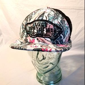 Van's Off The Wall snapback mesh trucker hat